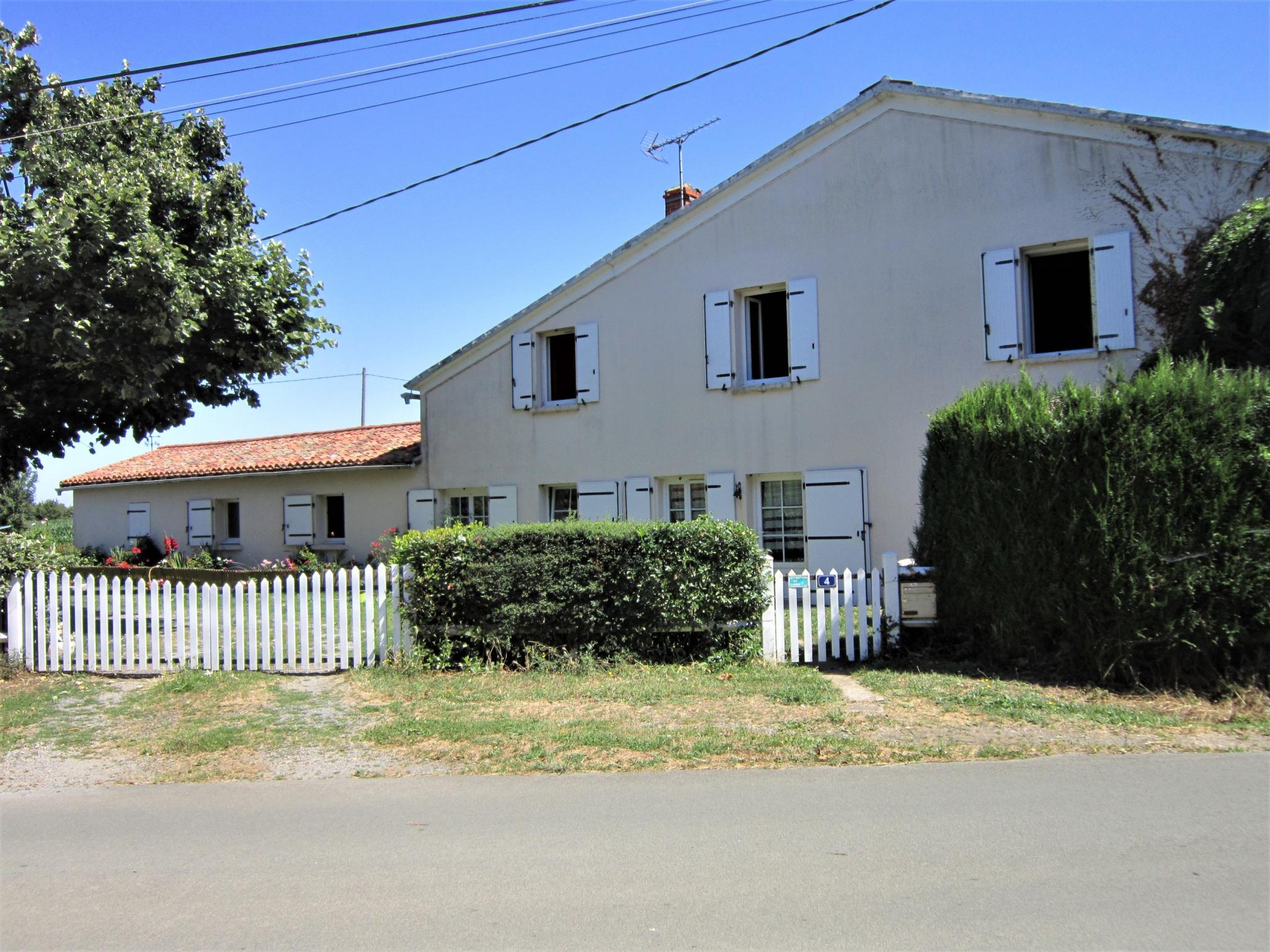 maison villa vente france m tres carr s 194 dans le domaine de 79 deux sevres le beugnon ref vah1202