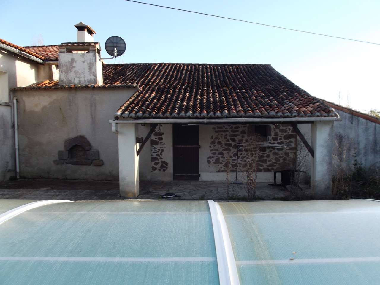vente Belle maison de campagne avec terrain et piscine